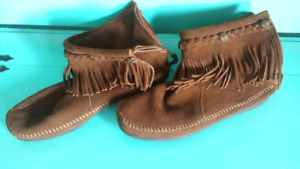 Boots - Moccasins