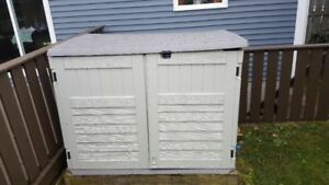 Backyard Mini Plastic Shed