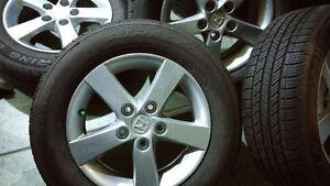 4 mags HONDA CIVIC avec 4 pneus été 195/65/15 presque neuf