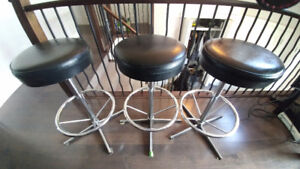 3 leather bar stools
