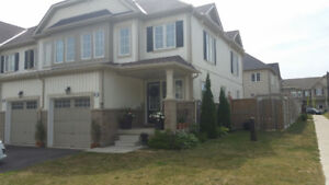 Town house for Sale Binbrook - Freehold