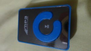 BRAND NEW MP3/MP4 MINI PLAYER USE SD MEMORY UP 32GB