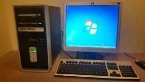 Complete Computer with LCD, keyboard, mouse