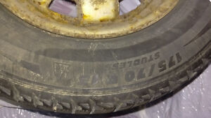 4 Michelin winter tires with rims - 175 70 13 - $160