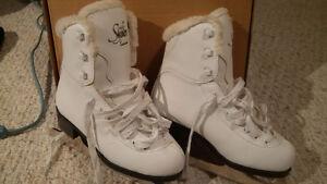 Glacier Girls Figure Skates - Size 1