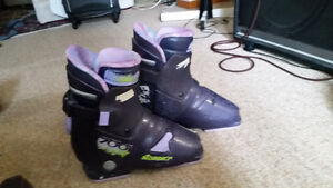 Womens rear entry ski boots