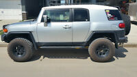 2007 Toyota FJ Cruiser *Low kms, ONE owner B-Package Manual*