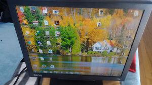 Ecran BenQ LCD Q9t4 Entrées Vidéo :DVI-D•VGA