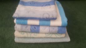 Towels bundle: 4 x bath towels + 1 hand towel
