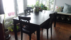 IKEA Stornas extendable table and chairs