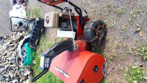 Snow blower for sell  . For parts or repairs