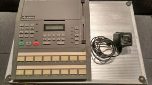 Alesis HR16 drum samples machine