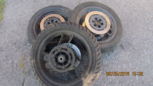 Yamaha fz 750 1985-1987  wheels two front one rear