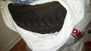 Brand new Hankook iPike RSV Winter tire used just one season