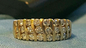 14K Gold and Diamond Ring OPEN TO TRADES