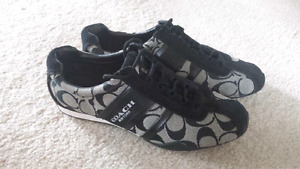Ladies size 7.5 COACH shoes