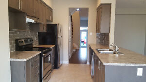 Brand new executive town house room rent  Barrhaven Kanata