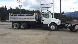 2003 Freightliner Snow Plow and Dump Box