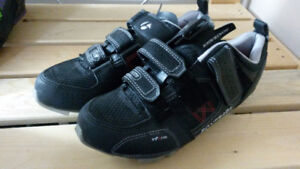Mnt bike clipped shoes
