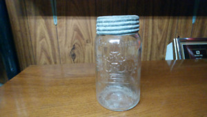 Canster jar