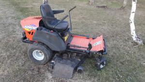Tracteur Ariens Zoom Zéro Turn 2148