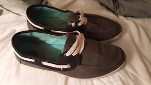 Mens shoes size 9 in good shape