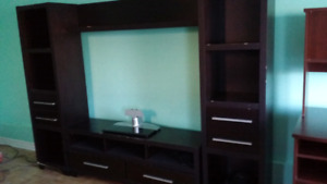 TV Stand and showcase 4 piece  unit