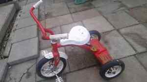 TODDLER TRICYCLE - GUC