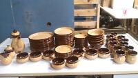 Set de vaisselle Magog vintage