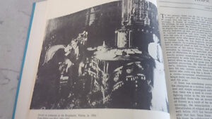Book: A Treasury of the Theatre, Vol Two, 4th Edition Kitchener / Waterloo Kitchener Area image 3