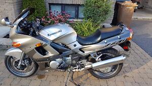 Kawasaki ZZR 600 2002 (2850$)