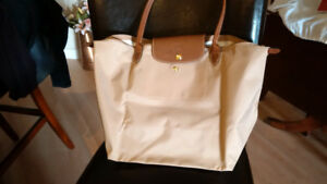 NEW .. Longchamp Le Pliage large beige tote