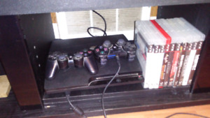 320 gb ps3/10 games/2 controllers