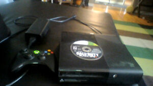 Xbox 360, Fully working with one controller and Black-ops