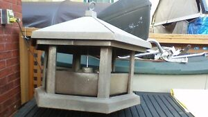 LARGE FIBERGLASS BIRD FEEDER