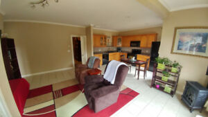 2 bed/1 bath Above Ground Suite in East Abotsford