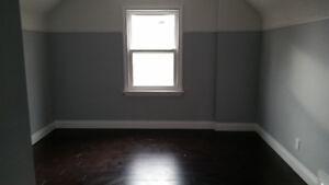 Two Spots available, Large Bedroom near Mohawk college