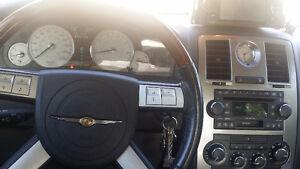 2005 Chrysler 300 limited Sedan Regina Regina Area image 4