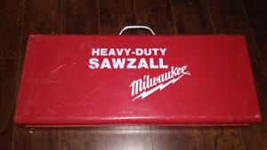 Milwaukee heavy-duty sawzall case