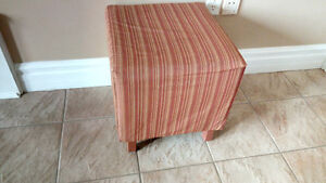 Ottoman in excellent condition