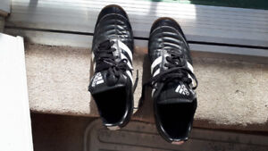 Adidas Puntero Men's -- Fitness Trainers/Soccer Shoes - 11 1/2