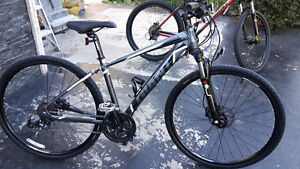 3 mountain bikes for sale