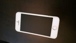 Iphone 5S 16GB Bell/Virgin  $200