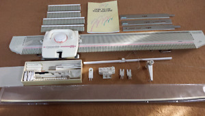 BROTHER CONVERTIBLE KX395 KNITTING MACHINE