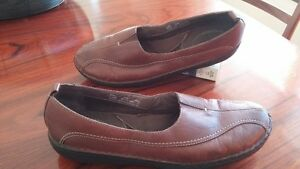 leather comfortable and hardly worn