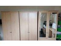 Stunning wardrobe & dressing table set - excellent condition - fit perfectly in any room