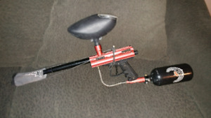 Vl Lancer paintball marker and accessories
