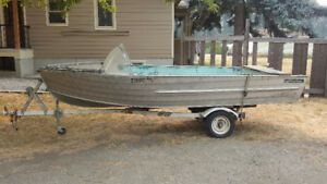 16 ft Aro Liner fishing boat with trailer