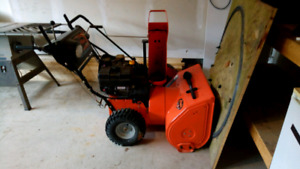 REDUCED!!! Snow Blower Ariens 927
