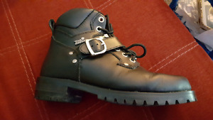 Tour master motorcycle boots size 8